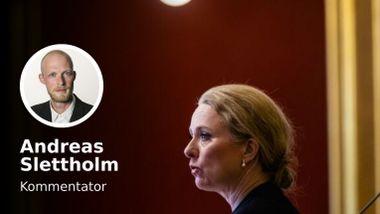 Trygdeskandalen: Den politiske ansvarsfraskrivelsen har begynt