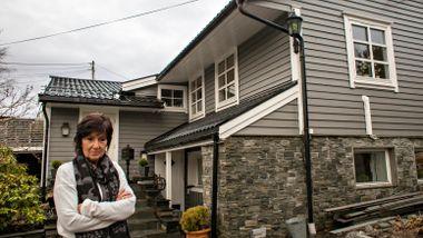 Ektepar kan bli kastet ut av hjemmet gjennom 32 år. Kommunen mener de bor i en hytte.