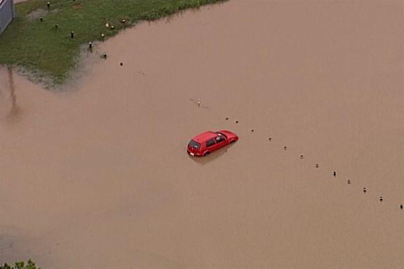 Etter Australias voldsomme skogbranner kom regnet. Nå advarer meteorologene om livstruende oversvømmelser.