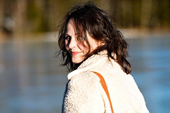 Hun har jobbet i Hollywood, og har agent i London. Nå vil regissør Cecilie Mosli ta verden med til Arktis.