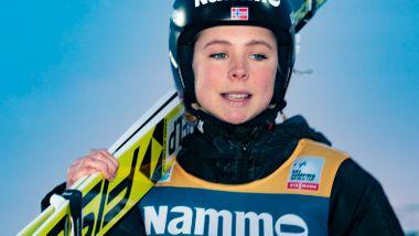 Bakkerekord ikke nok for Lundby. Norges hoppdronning slått av tenåringssensasjon.