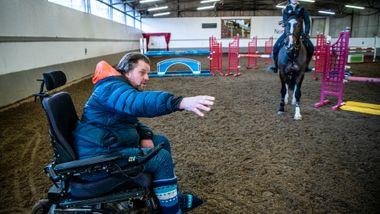 MS-syke Kenneth Sande er en av Norges mest suksessfulle ridetrenere: – Det er dette jeg lever for