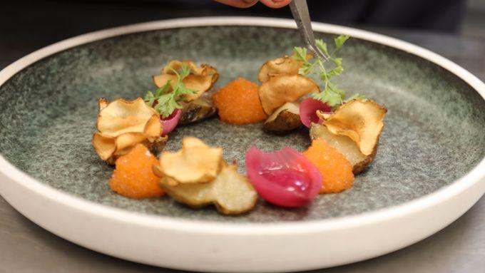 Ut og spise i kveld? Vi har kåret Oslos 50 beste restauranter.