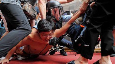 Amnesty: – Kan dokumentere tortur og grov vold fra Hongkong-politiet