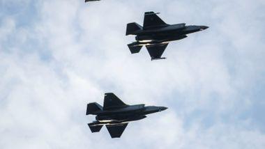 Forsvarsministeren vil holde F-35-kritikk hemmelig