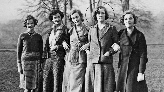 Søstrene hadde en greie for radikale ledere. En av dem falt for Hitler.