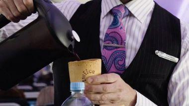 Flyselskap lanserer spiselig kaffekopp
